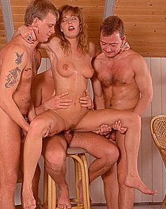 Beate Uhse Gruppensex